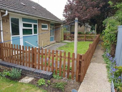 picket fence installation in bungalow front garden in corby