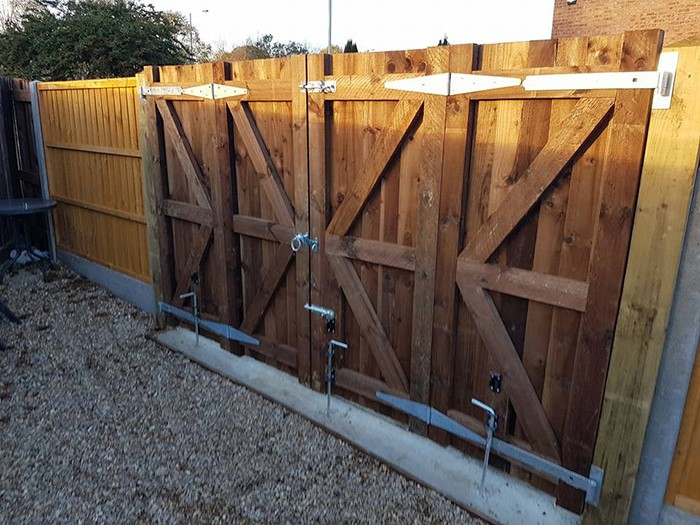 new gate installation used for a drive way double wide french style