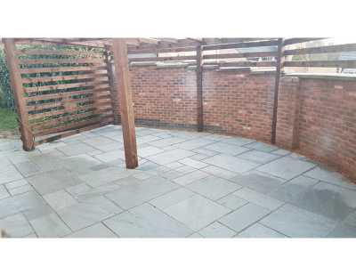 beer garden wall and fence installed for standing and smoking shelter